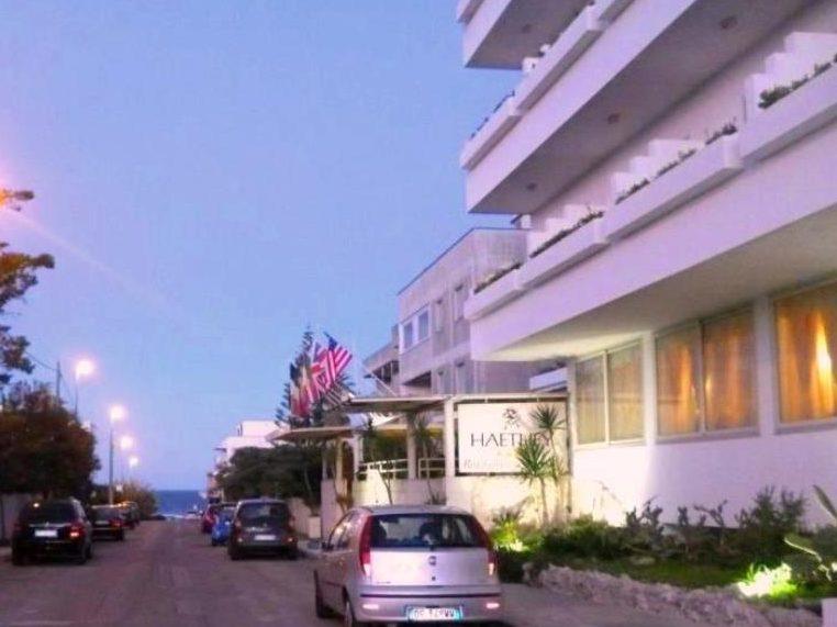 1365144371_hotel