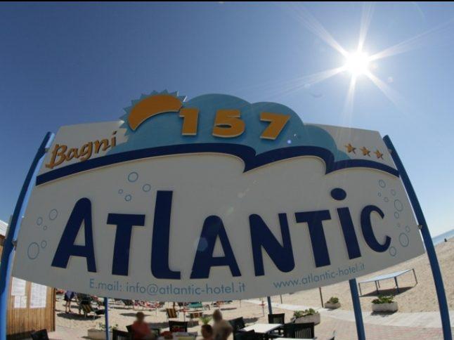 hotel-atlantic-senigallia-spiaggia-privata