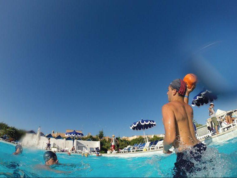 THE VILLAGE piscina3_MEDITOUR