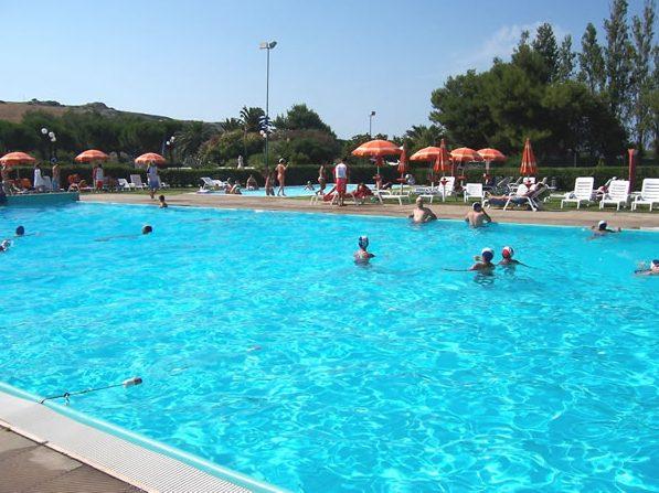 piscina5_jpg