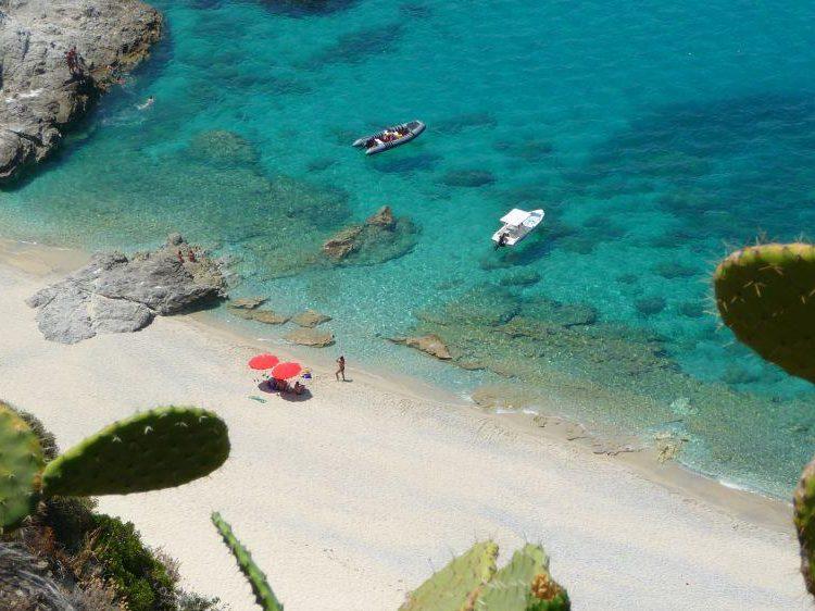 Calabria, un mare di offerte