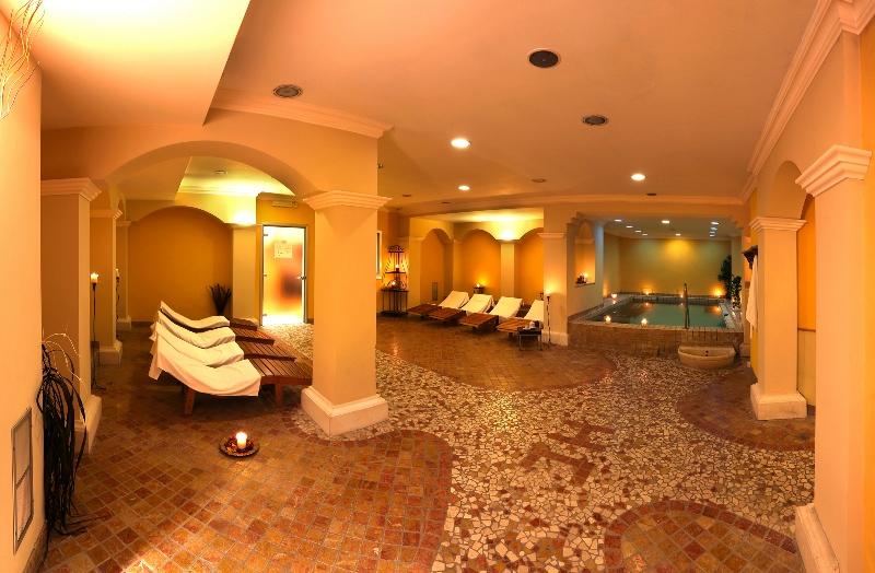 Hotel_corona_spa_Meditour