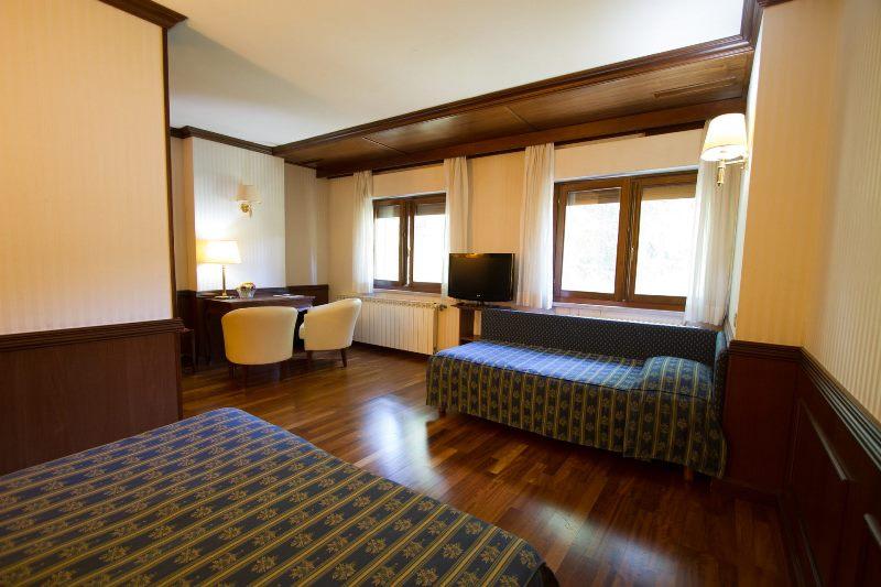 hotel_corona_camere-0076_Meditour