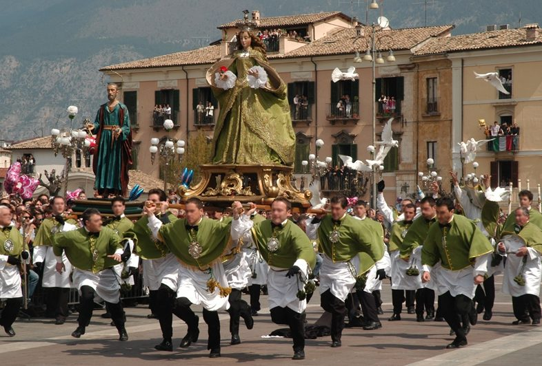 Sulmona la Madonna che Scappa