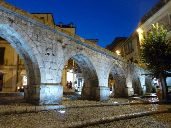 Acquedotto_romano di Sulmona