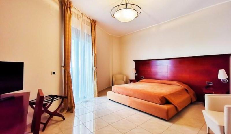 hotel-baia-dargento-leporano-22072