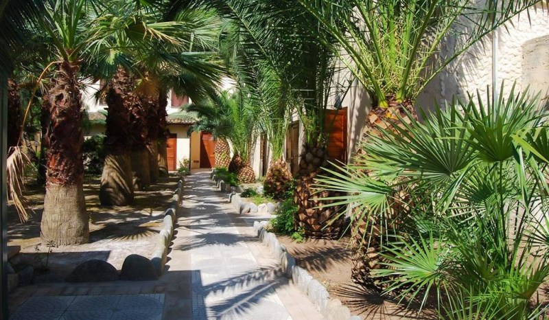 baia-delle-sirene-village-beach-resort-23082