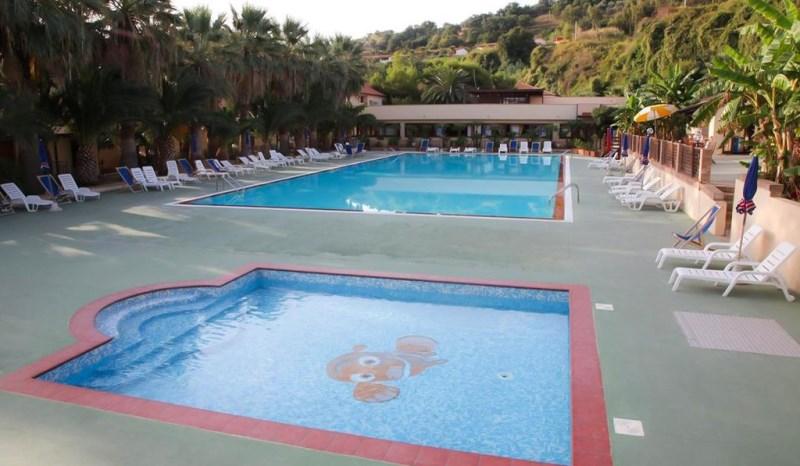 baia-delle-sirene-village-beach-resort-23093