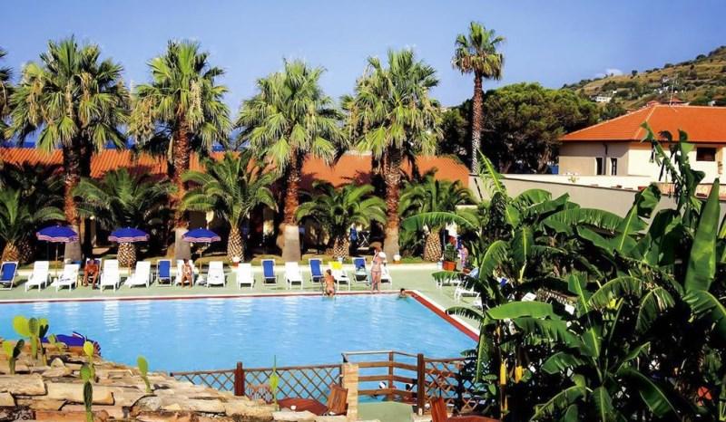 baia-delle-sirene-village-beach-resort-23094